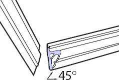 Соединение в углах будет плотнее, если запилить его под углом 45°(рис. 3).